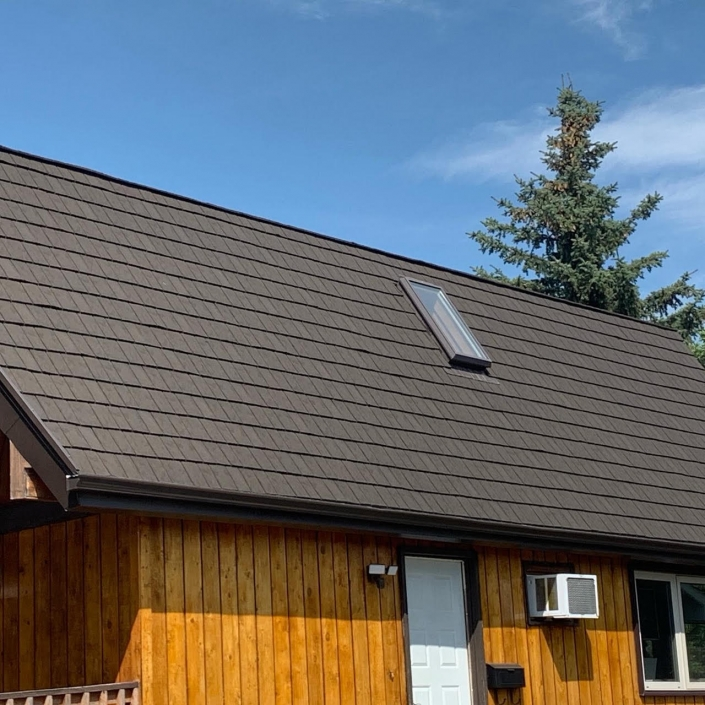 Moose Jaw roofing companies - after photos - Advanced Roofing